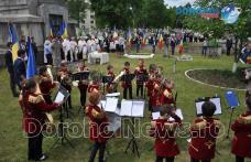 Eroii comemorați în Zi de Înălțare, la Dorohoi, cu depunere de coroane, colaci și ouă roșii – VIDEO / FOTO