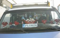 Atenţie, şoferi! amenzi uriaşe pentru cruciuliţele şi iconiţele atârnate de oglindă