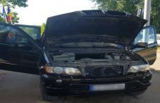 BMW X5 alimentat cu ţigarete de contrabandă