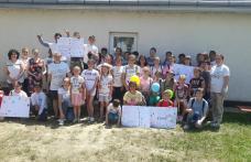 """Eu pot zâmbi! - Elevii Școlilor """"Mihail Kogălniceanu"""" Dorohoi și Nr.4 Baranca - Hudești au sărbătorit """"1 IUNIE"""" împreună – FOTO"""