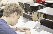 Bac 2011: Elevii au suţinut proba obligatorie a profilului