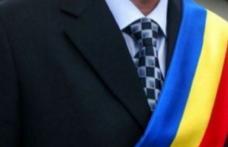 Primar din județul Botoșani trimis acasă de prefect