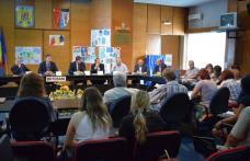 Întâlnire între finanţatori şi potențialii beneficiarii de fonduri europene prin PNDR, găzduită de Instituţia Prefectului - FOTO