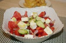 Salată cu telemea