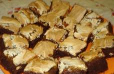 Prăjitură cu glazură de nuci