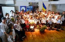 Sărbătoarea iei românești, unită în cântec cu sărbătoarea gustului tradiţional - FOTO