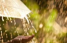 Avertizare Cod GALBEN de ploi, instabilitate atmosferică și cantități însemnate de apă