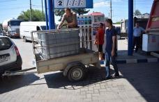 Unităţile administrativ-teritoriale afectate de inundaţii şi-au preluat combustibilul pentru reparaţiile de urgenţă - FOTO