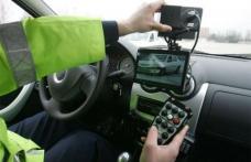 Amendă de aproape 5000 lei și dosar penal pentru un șofer care a fugit de polițiștii dorohoieni