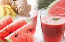 Detoxifică rinichii şi previne cancerul: Suc din pepene şi ghimbir