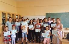 """Școala de vară """"Cu profesorii la joacă!"""" la cea de-a doua ediție - FOTO"""