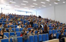 Universităţile dau start înscrierilor la master