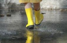 ALERTĂ METEO: Cod Galben de ploi, vijelie şi grindină până luni seara. Vezi zonele afectate