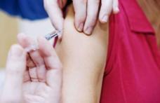 De ce fetele trebuie să se vaccineze anti HPV