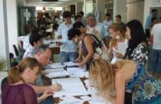Peste 2500 de locuri libere la universităţile ieşene pentru sesiunea a doua de admitere