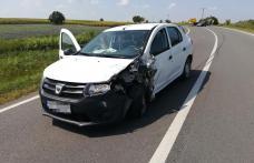 Accident! Două persoane au ajuns la spital după impactul între două mașini la Cervicești – FOTO