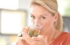 Băutura naturală care alungă migrenele