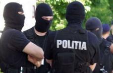 Percheziţii domiciliare în Botoşani, Suceava şi Ilfov, la persoane bănuite de contrabandă cu produse contrafăcute