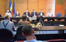 Primarii din judeţ, invitaţi să participe la o videoconferinţă cu tema Programului Naţional de Cadastru şi Carte Funciară - FOTO