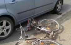 ACCIDENT la Darabani. Biciclist de 14 ani, lovit în plin de o maşină!