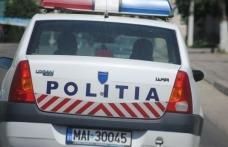 ACCIDENT la Mileanca: Un tânăr în stare de ebrietate a intrat cu maşina în gardul unei case