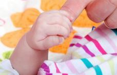Cum prevenim sau tratăm constipația la sugari