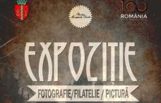 Expoziție de pictură, fotografie, filatelie și steaguri la Primăria Municipiului Dorohoi