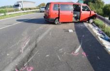 Un microbuz din România, implicat într-un accident în Slovacia. MAE: Un român este rănit grav