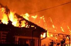 Un bărbat din județul Botoșani a dat foc la casă după o ceartă cu unchiul său!