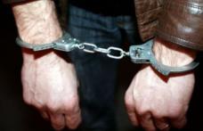 Un botoșănean, arestat pentru înşelăciune şi uz de fals