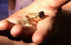 ATENȚIE! Ţeapă cu tinichele pe post de inele din aur în județul Botoșani