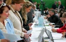 """AJOFM Botoșani: Aproape 400 de persoane prezente la """"Bursa locurilor de muncă pentru absolvenți"""""""