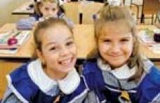 Legea pentru obligativitatea uniformelor în şcoli, respinsă de Senat