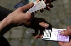 Ţigări de contrabandă confiscate de poliţişti din Bazarul Dorohoi