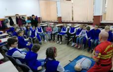 """""""Viața are prioritate!"""" - Activitate desfășurată la Școala Gimnazială """"Mihail Kogălniceanu"""" Dorohoi - FOTO"""