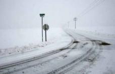 INFOTRAFIC: Drumuri închise din cauza vremii sau a lucrărilor