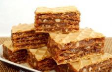 Prăjitură cu foi de napolitane