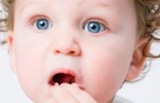 Cum procedăm când copilul înghite un obiect