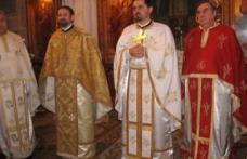 Preoţii nu mai pot fi şi profesori de religie