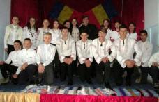 """Sărbătorirea Centenarului Marii Uniri la Liceul Teoretic """"Anastasie Bașotă"""" Pomârla - FOTO"""