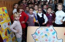 """""""Toți pentru o Românie unită!"""" la Școala Gimnazială """"Gheorghe Coman"""" din Brăești - FOTO"""