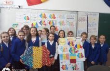 """Centenarul Marii Uniri sărbătorit de elevii Școlii Gimnaziale """"Mihail Kogălniceanu"""" Dorohoi - FOTO"""