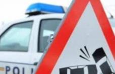 ACCIDENT! Trei persoane rănite în urma producerii unui accident pe fondul neadaptării vitezei la condițiile de drum acoperit cu gheață