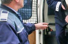 Botoșănean dat în urmărire internațională depistat de polițiști la domiciliul acestuia din comuna Suliţa