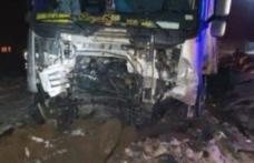 Şofer român de TIR, erou în Italia după ce a salvat doi tineri răniţi într-un grav accident