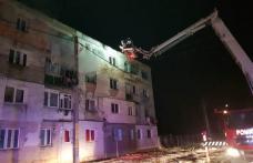 Incendiu puternic într-o garsonieră din Bucecea! 32 de persoane evacuate de pompieri - FOTO