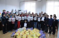 """Dăruind vei dobândi! - Activitate de voluntariat la Școala Gimnazială """"Dimitrie Pompeiu"""" Broscăuți - FOTO"""