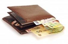 De la 1 ianuarie 2019, toţi bugetarii vor primi anual două salarii minime ca indemnizaţie de hrană