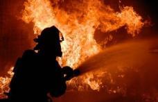 Bărbat din George Enescu decedat în locuința cuprinsă de flăcări. Pompierii dorohoieni au intervenit pentru stingere