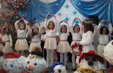 """Magia sărbătorilor de iarnă la Școala Gimnazială """"Gheorghe Coman"""" din Brăești - FOTO"""
